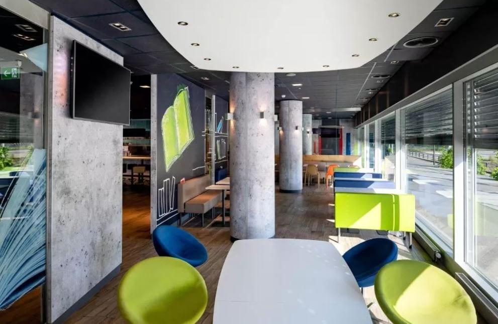 Lobby van het Ibis Budget hotel in Zurich