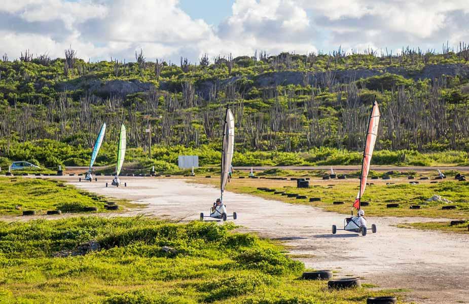 Leuk, landzeilen op Bonaire