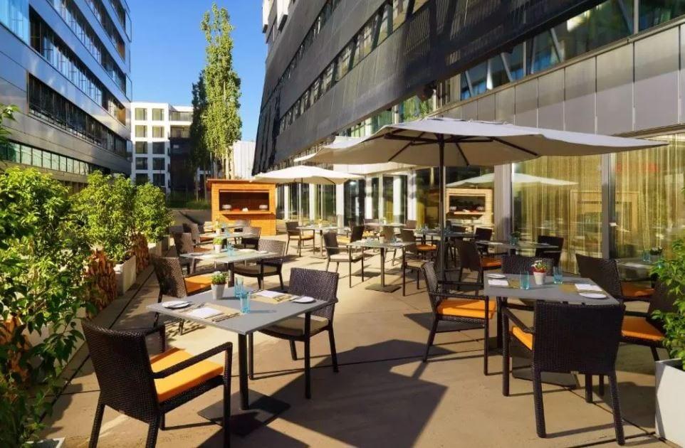 Restaurant met terras Sheraton Zurich