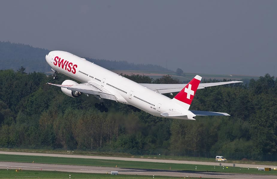 Opstijgend vliegtuig van Swiss