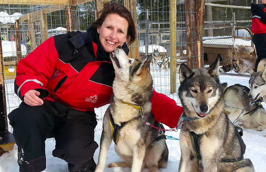 Sylvia met huskies