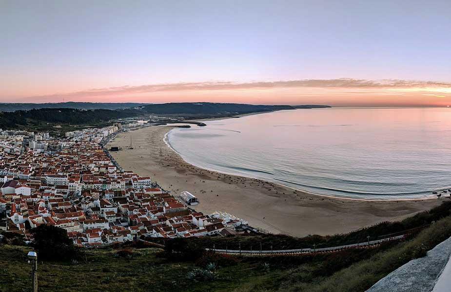 Strand van Nazare in Portugal