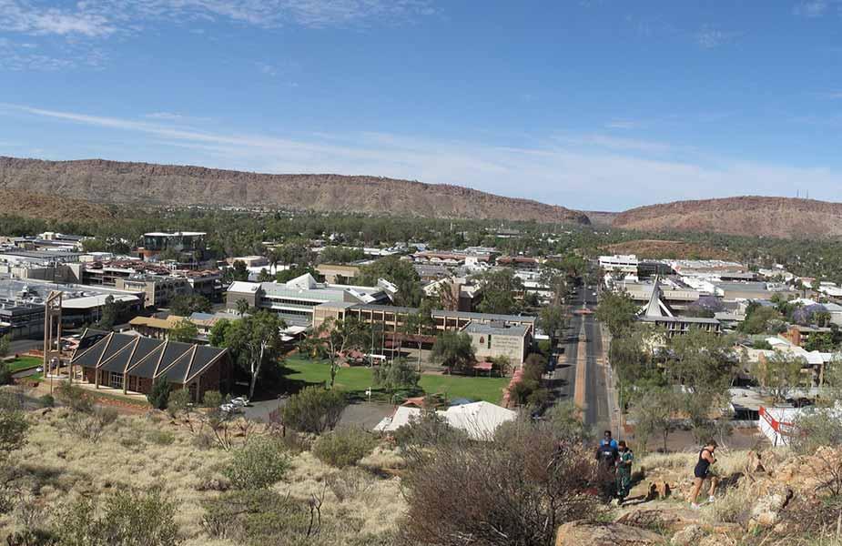 Het plaatsje Alice Springs in Australie