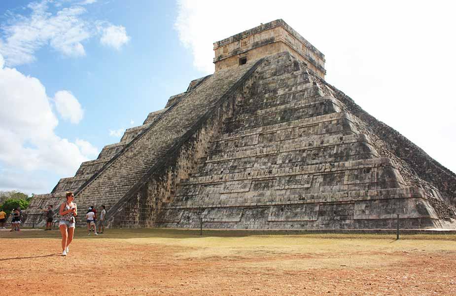 De Kukulcan in het Maya complex van Chichen Itza