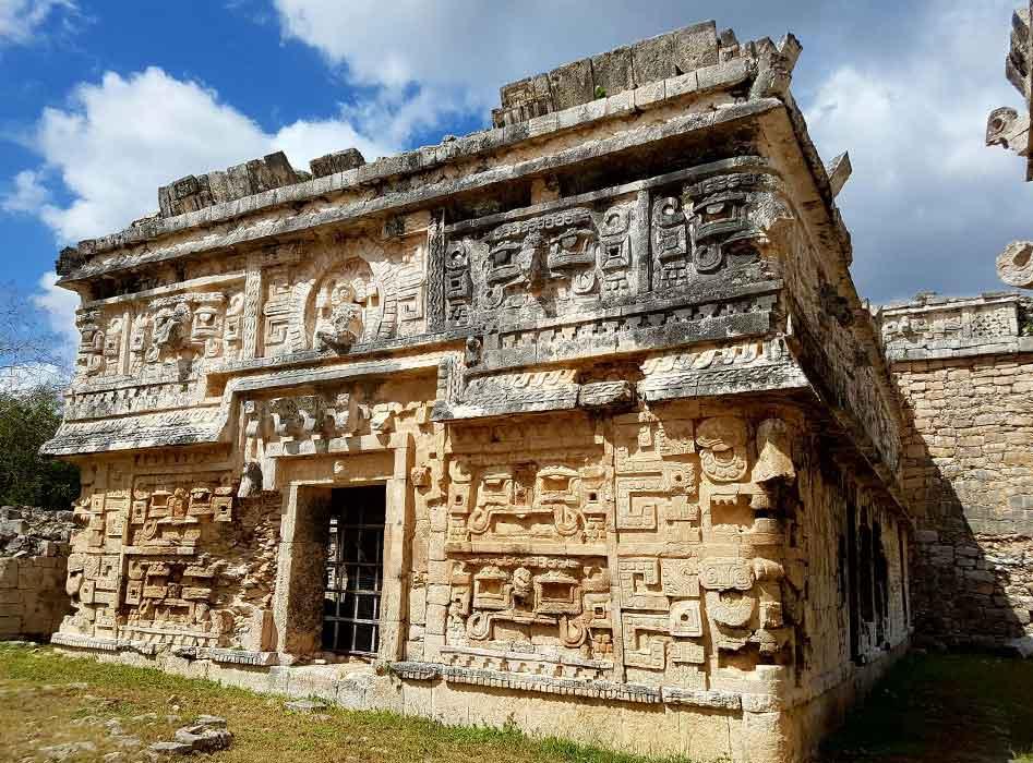 Een van de tempels van het Maya complex in Chichen Itza