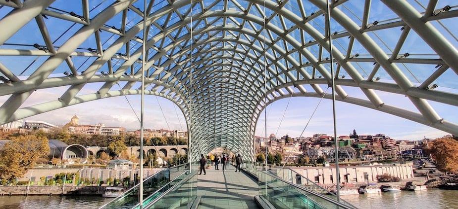The bridge of Peace, Tbilisi (c) Mahmoud Sayed, Unsplash