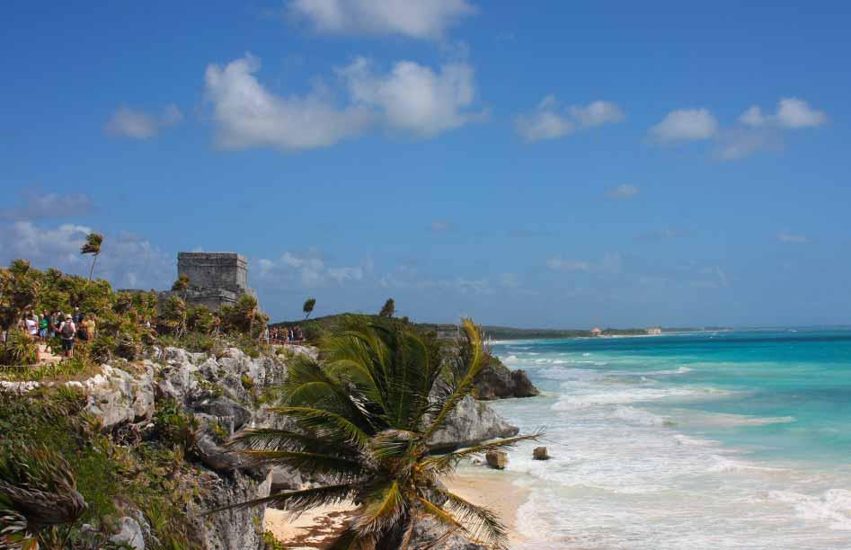 De Maya tempel van Tulum gelegen aan zee