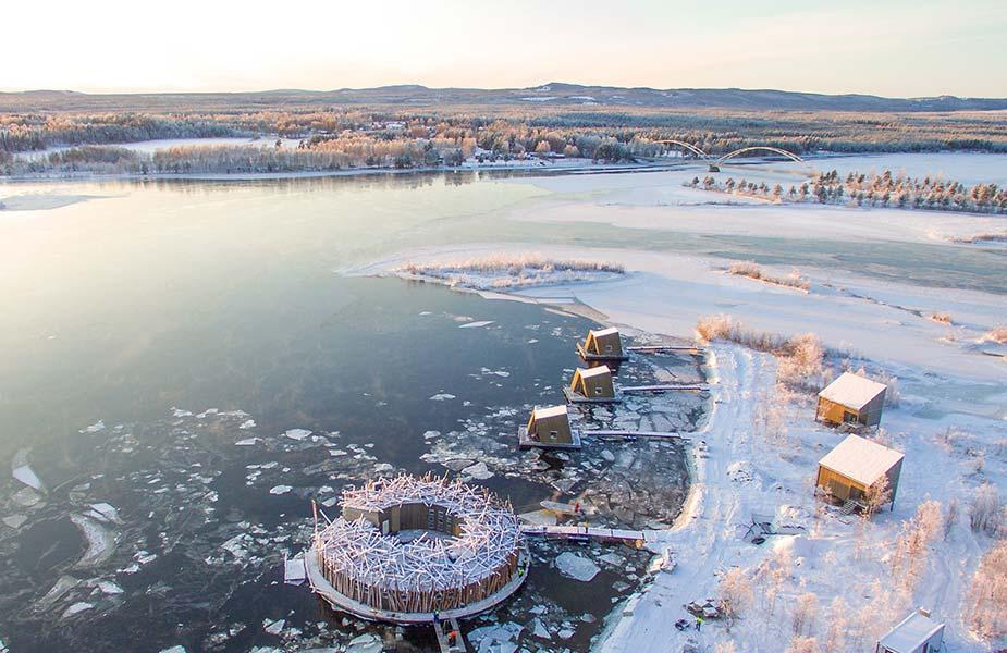 Slapen op het ijs in het Artic Bath hotel in Lapland